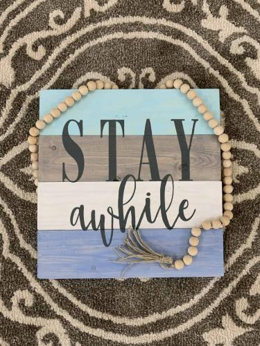 Stay Awhile14x14 pallet board