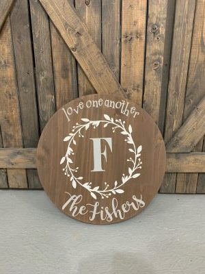 "18""rd $65 Wreath Name Sign"